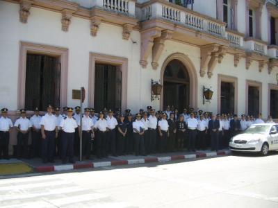 SINDICATOS DE POLICIAS ASPOCA Y CONASIP. DTO. CANELONES ESTÁN EN CONTRA DE DIRECTIVAS DEL JEFE DE POLICÍA CON EL HORARIO DE TRABAJO.