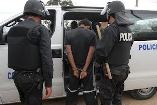 HASTA CUANDO SEÑOR MINISTRO EDUARDO BONOMI  TENEMOS QUE AGUANTAR TANTA INSEGURIDAD. NO LE PARECE QUE ES HORA DE PENSAR SI HAY QUE HACER CAMBIOS EN ESA CARTERA. EN ESPECIAL EN EL PROPIO MINISTERIO LOGRANDO GENTE CAPACITADA PARA REALIZAR LOGROS EFECTIVOS.